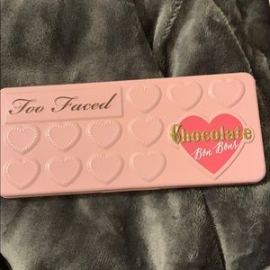 Too faced pallet *USED*
